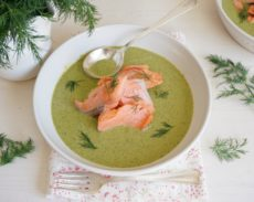 Wild Sockeye Salmon with Spinach and Dill Cream | Autoimmune-Paleo.com